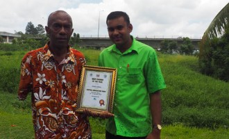 Central Division Farmers Awarded