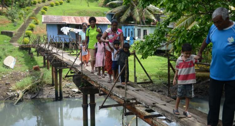 Nadibulu Bridges Unsafe, Risky