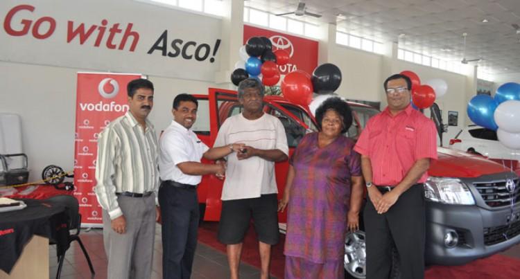 Couple Wins New Vehicle