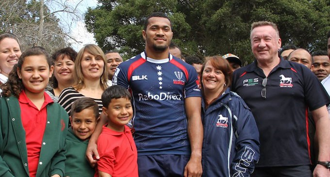 Naivalu, Rebels Make History