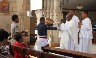 Church Lauds Disciplined Forces