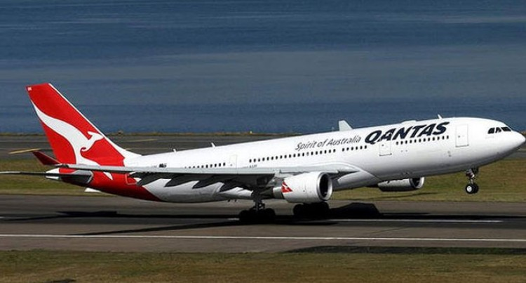 ANZ Clips Wings Of Qantas Reward Scheme