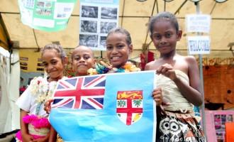 Vunimono Students Honour Their Teachers