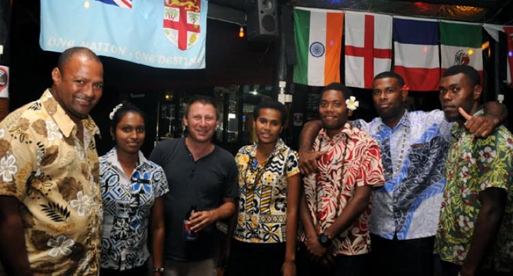 Wailoaloa Beach Resort Celebrates In Style