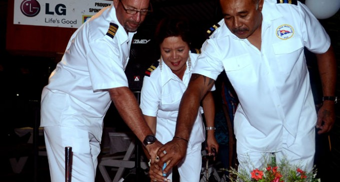 Commodore Salutes Support