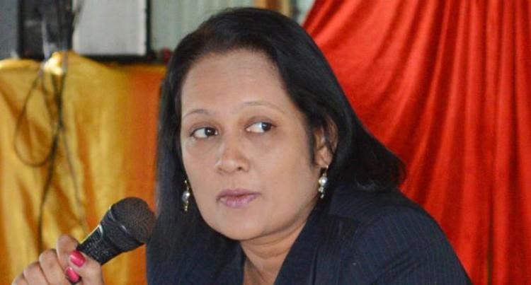 Business Training For Women Planned: Akbar