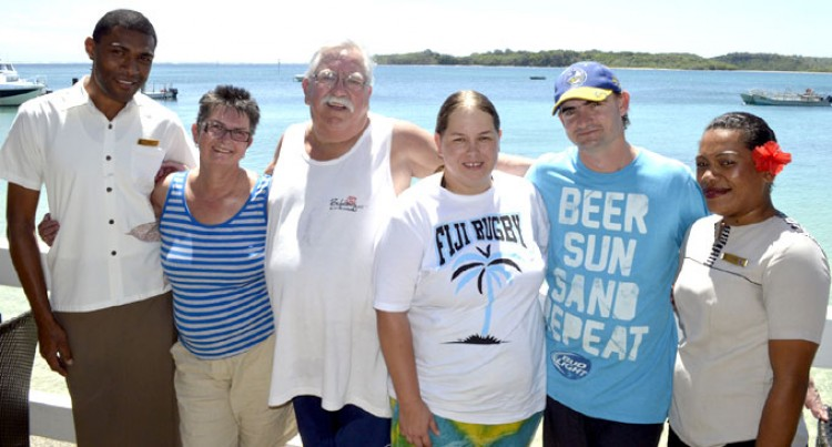 100th Visit For Aussie Couple