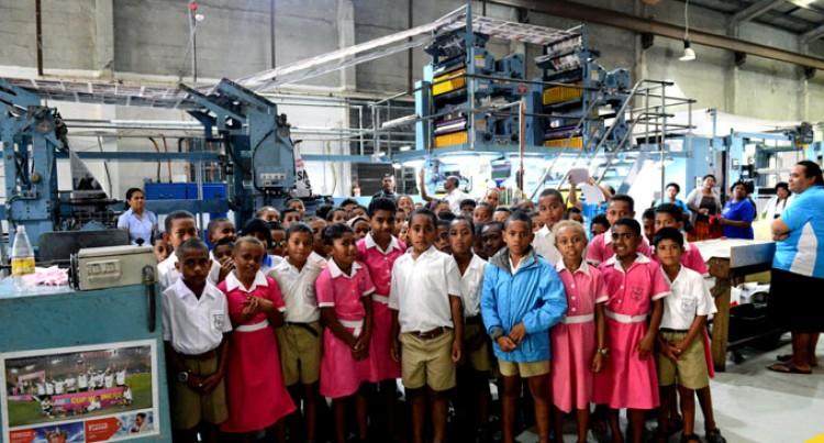 Nadi Students Visit Fiji Sun
