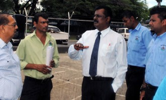 Kumar Visits Nadi Market