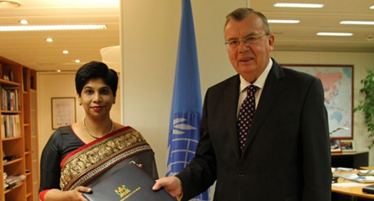 Shameem Presents Credentials In Vienna