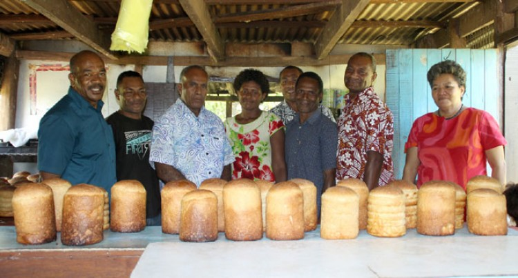 Youths Bake Up Business