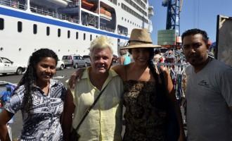 Lyons' Love For Fiji