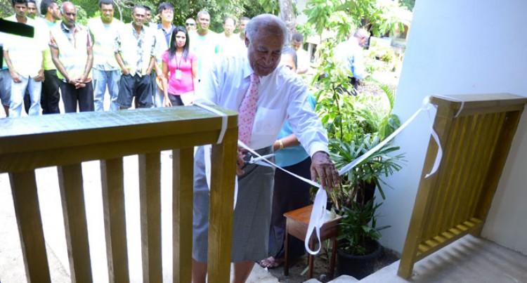 President Commissions New Staff Quarters