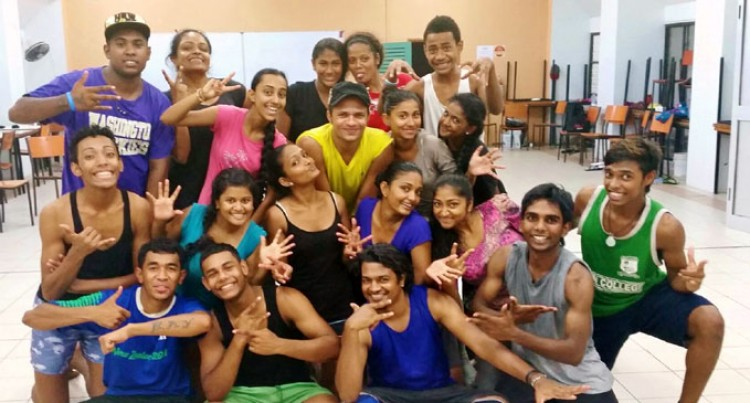 Masti Dance Group Trained By Top Choreographer
