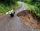 Landslide Cuts Off  Villages