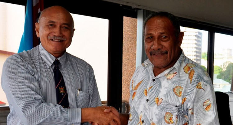 Christmas Island Vet Gets Medical Help