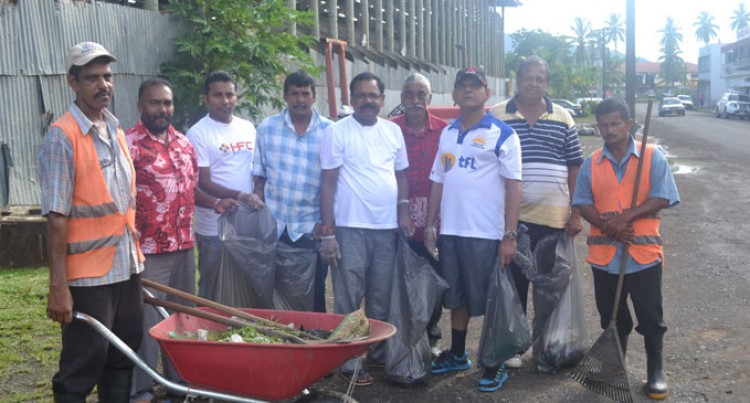 Council Cleans Up Subrail Park