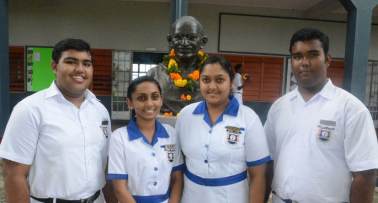 New Head Prefects Aim High