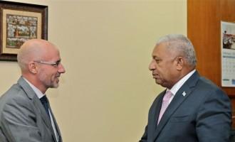 Bainimarama Hold Talks With New Zealand Envoy