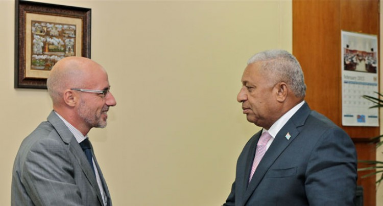 Bainimarama Hold Talks With New Zealand Envoy
