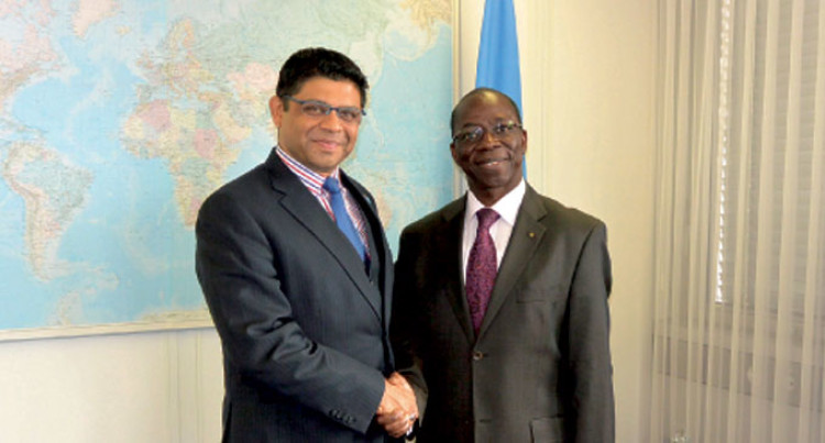 Fiji's A-G Meets With Director ITU