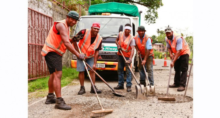 Pothole Crews Improve Roads