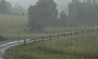 WEATHER UPDATE: Cyclone Pam Now Catergory 5, Brings Heavy Rain Warning