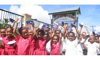Teachers, Parents Laud 'Free Milk'