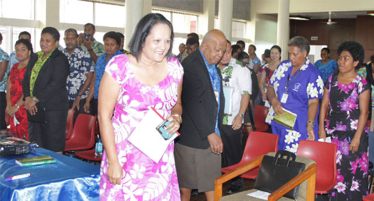 Akbar To Visit Fijians Rescued From PNG