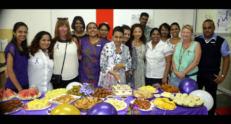 Bank Staff Mark Holi, Women's Day