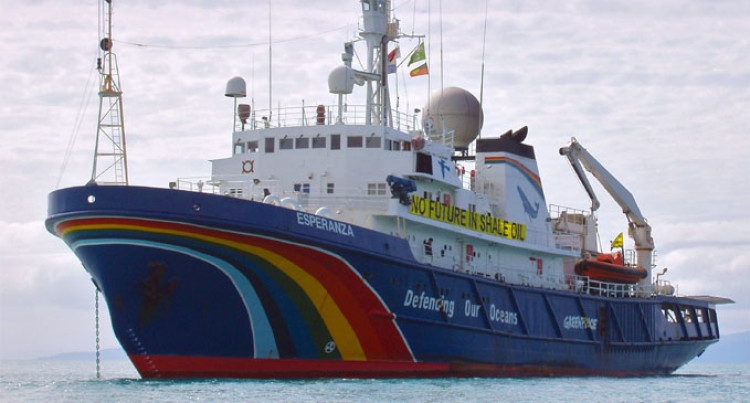 Waqanisau, Pickering Among Crew On 'Esperanza'