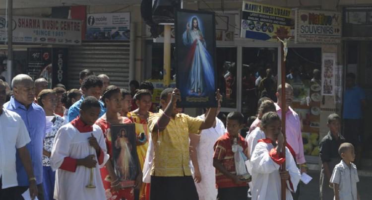 Catholics Mark Mercy Sunday