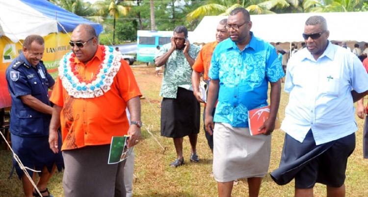 Province Praise Govt Road Show