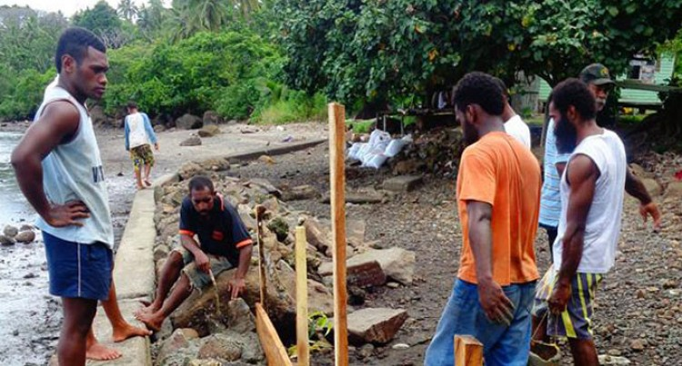 Nakarabo Villagers Build Wall, Fight Coastal Erosion