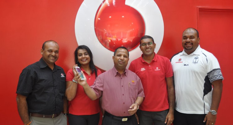 Fareed First Vodafone Customer To Purchase S6