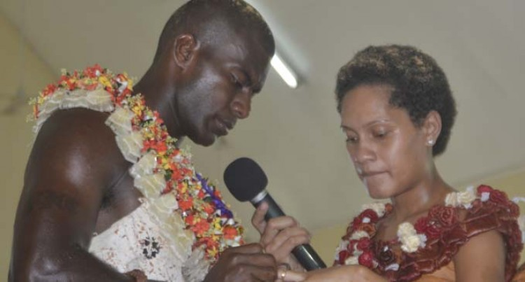 Saqiwa weds Adi Lusiana in Nadi