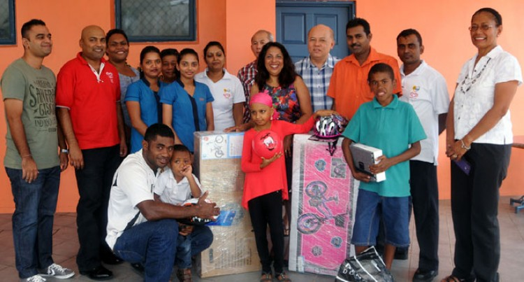 Gifts For Nadi Cancer Children