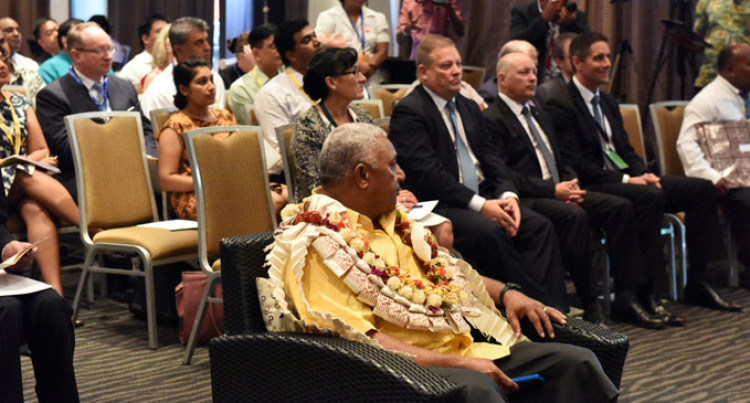 Govt, Private Sector Partnership Vital: PM