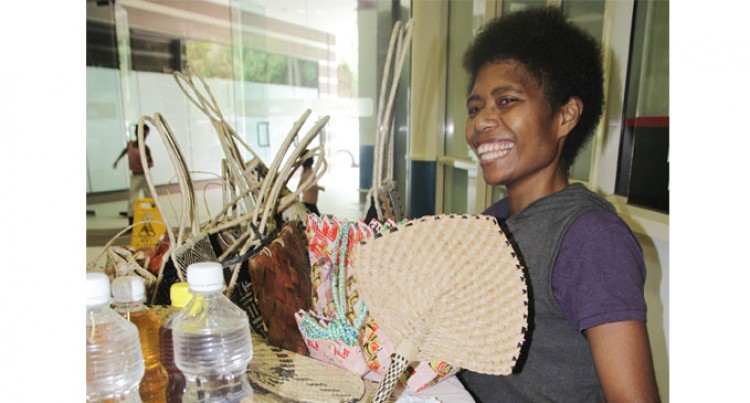 Kamenio Keeps Culture Of Weaving Alive