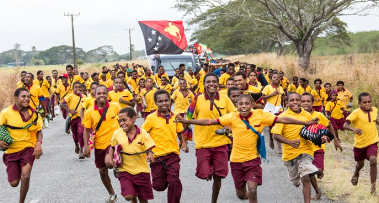 Pacific Games Relay Supported By 20,000 People In Morobe Province