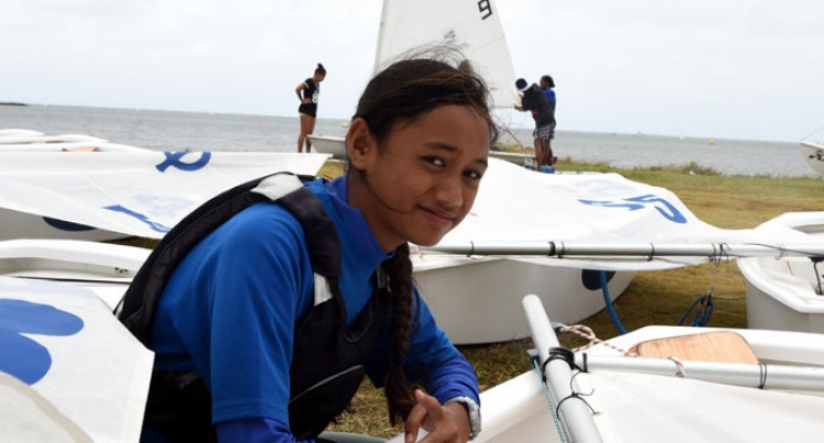 Nikoia, 12, Wins Optimist Grade