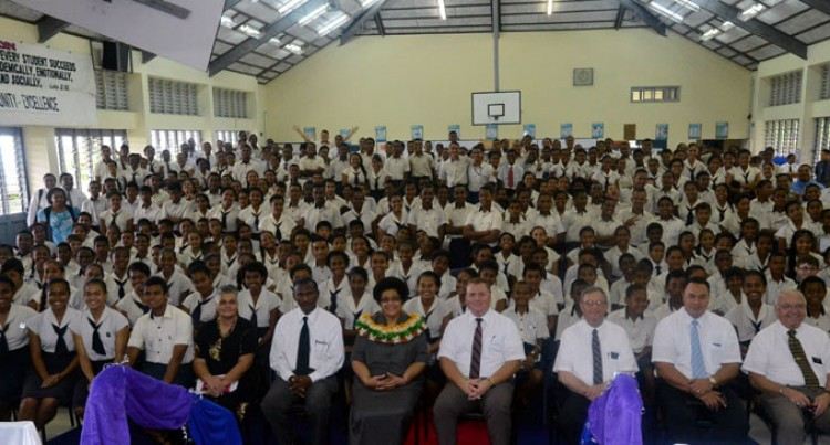 Dr Luveni Meets LDS Students