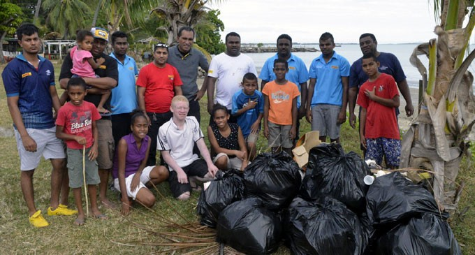 DHL Express Staff Join Clean-up