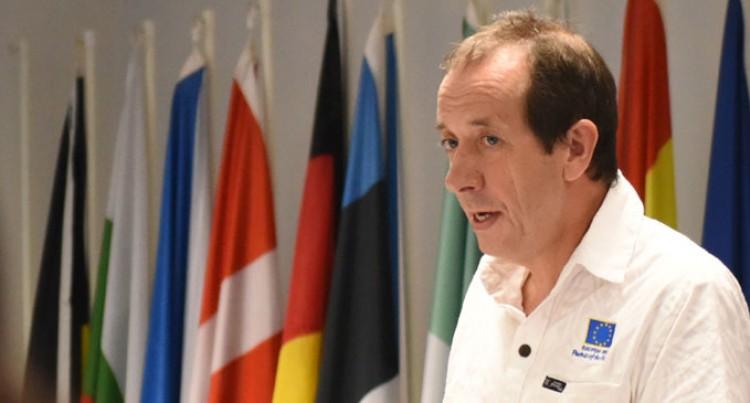 EU-ACP Commend Fiji