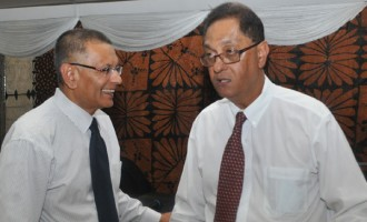 Government Buying Out Minority FSC Shareholders Up For More Talks
