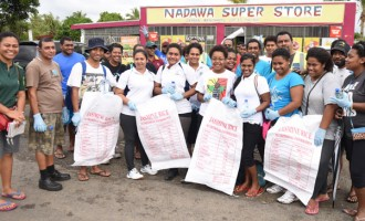 Youths Clean-up For A Good Cause