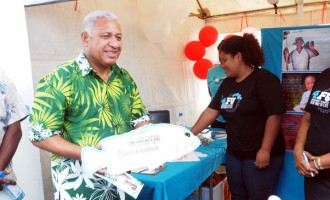 PM Joins Fish Pledge