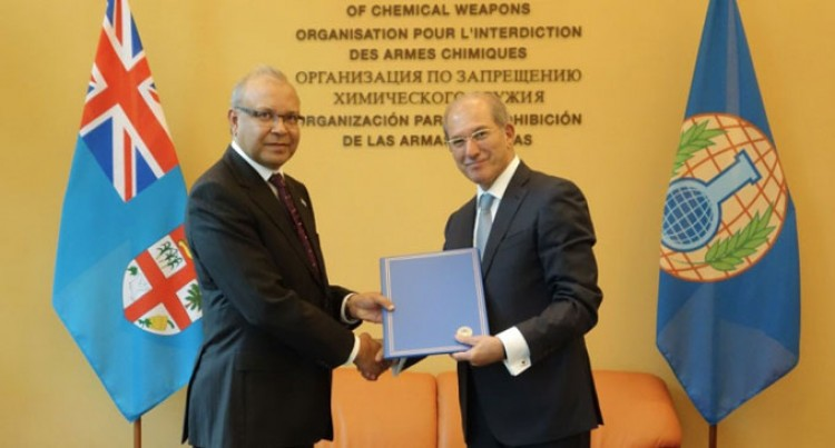 Ambassador Saran Presents Credentials