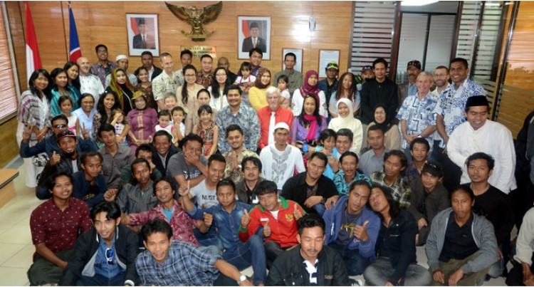 Indonesian Embassy Hosts Eid Get Together