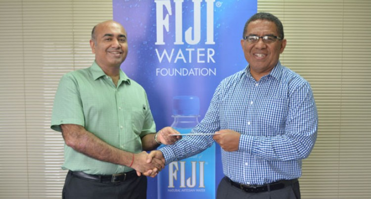 FIJI Water Foundation Backs Rotary Pacific